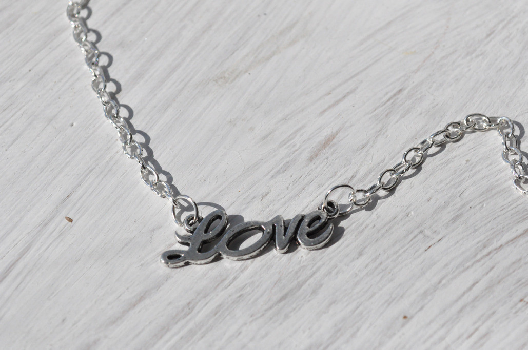 Love Necklace · How To Make A Name Necklace · Jewelry