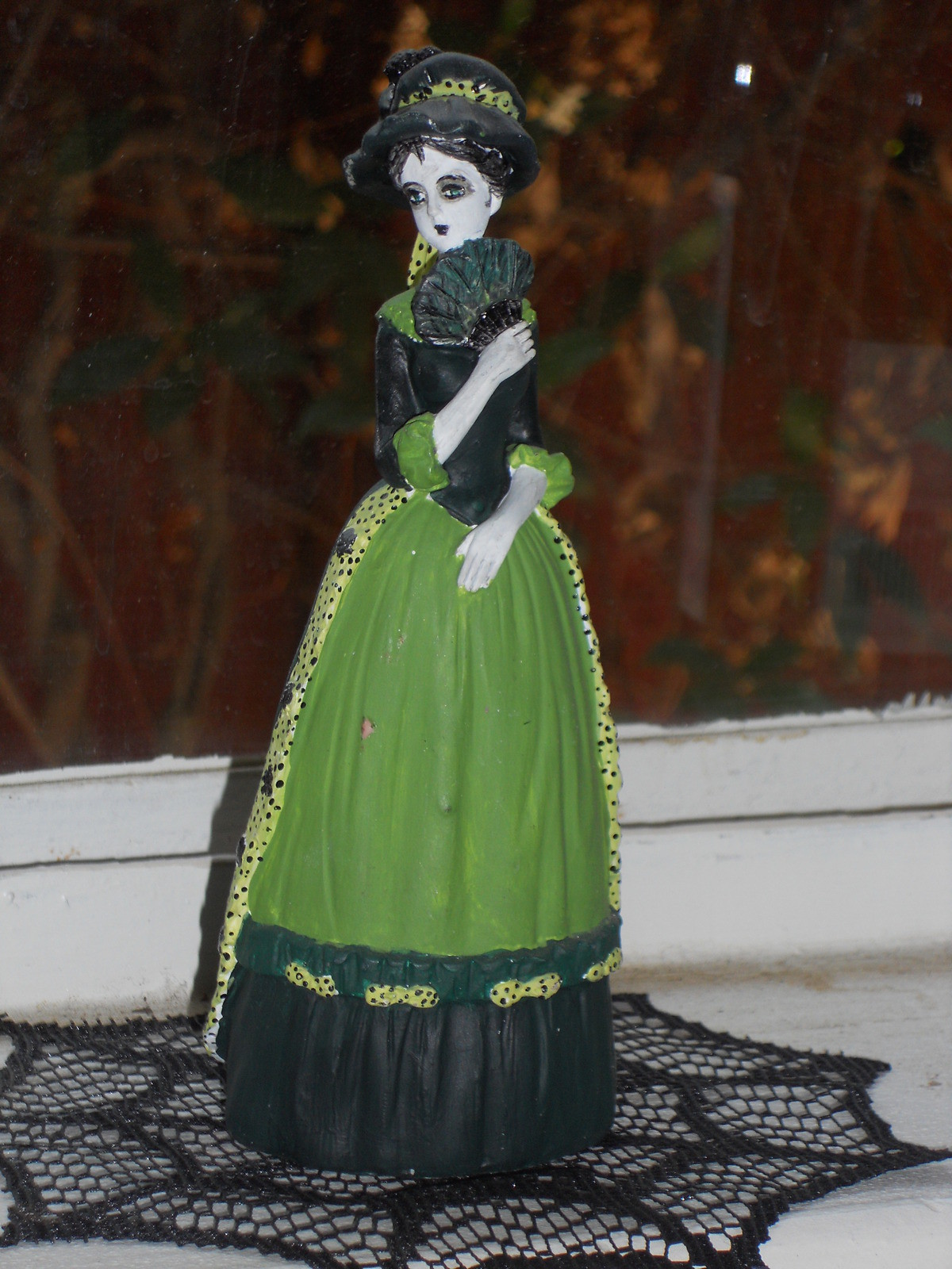 Gothic Resin Doll  A Model Or Sculpture  Decorating on Cut Out  Keep