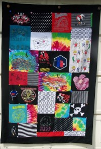 T Shirt Quilts  How To Make A Patchwork Quilt  Sewing on ...