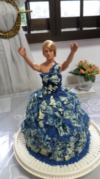 Drag Queen Birthday Cake  A Doll Cake  Construction ...