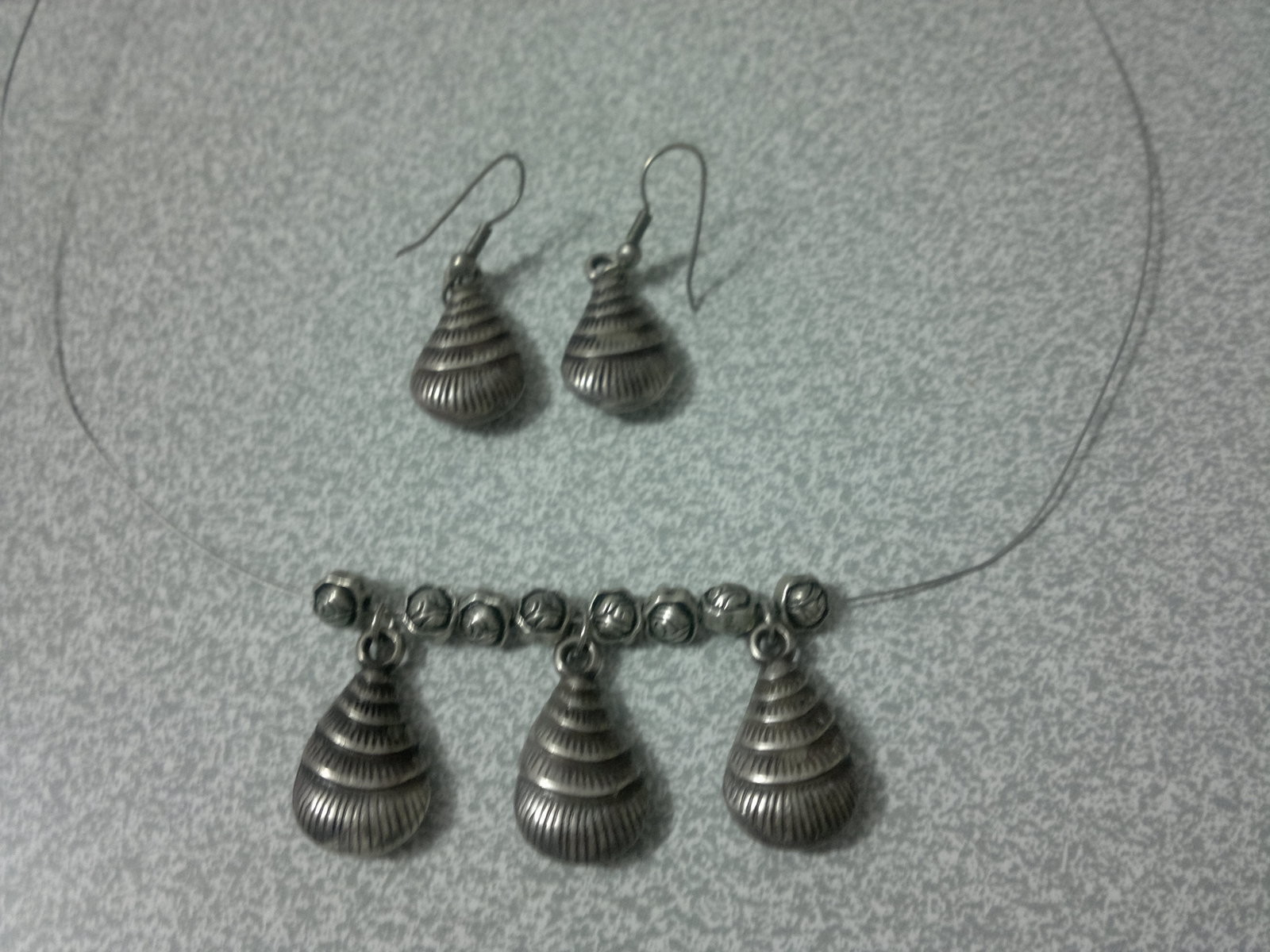 Oyster Wire Necklace And Earrings Set A Shell Necklace