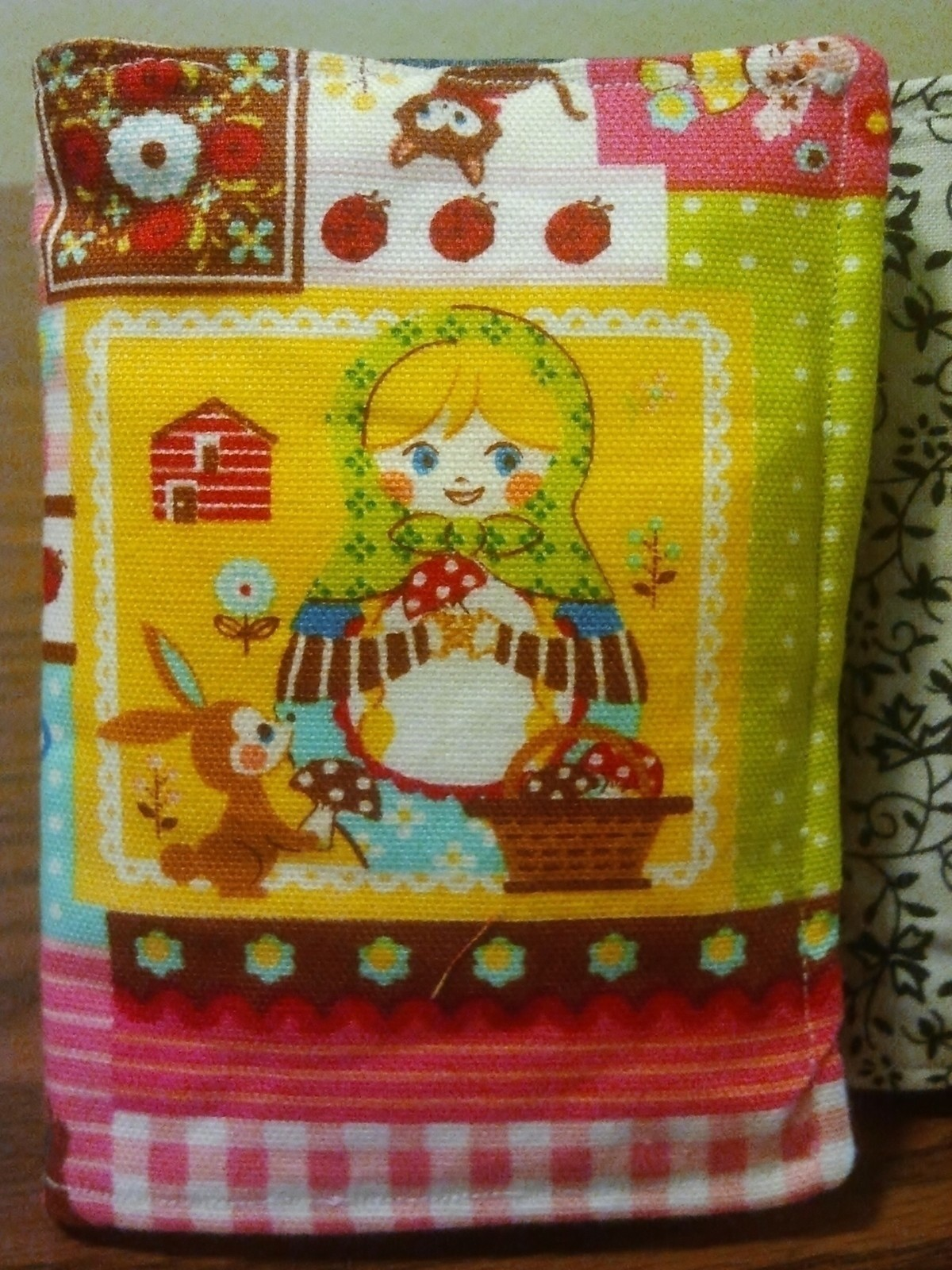 Tea Bag Wallet  A Tea Wallet  Sewing on Cut Out  Keep