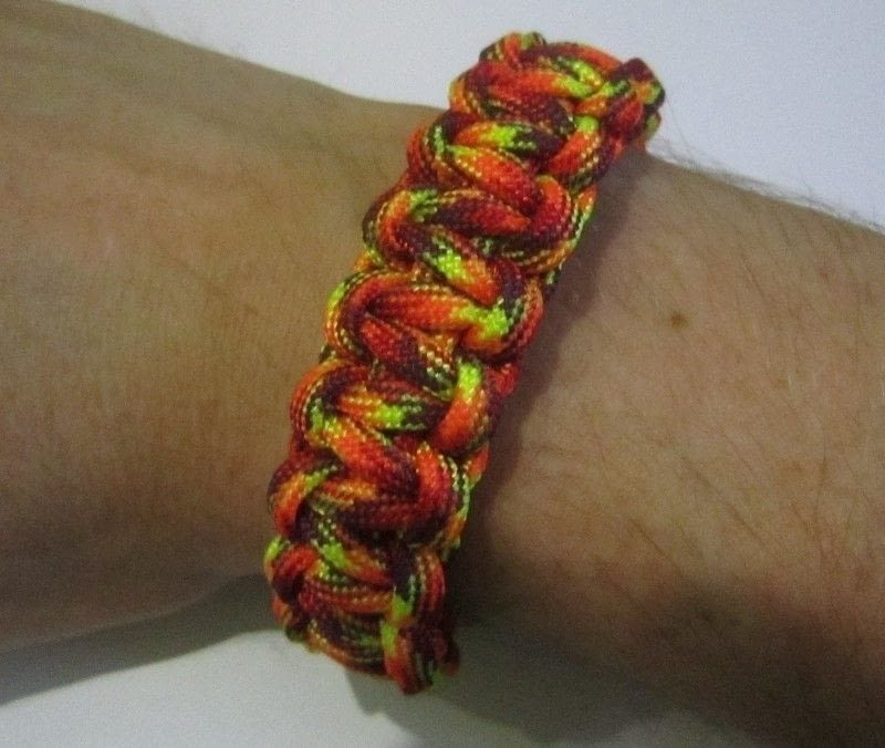 Paracord Bracelet  A Braided Cord Bracelet  Braiding and Knotting  Macrame on Cut Out  Keep