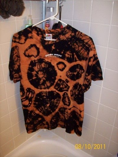 Reverse Tie Dye Black T Shirt  How To Dye A Tie Dye T Shirt  Dyeing and NoSew on Cut Out  Keep