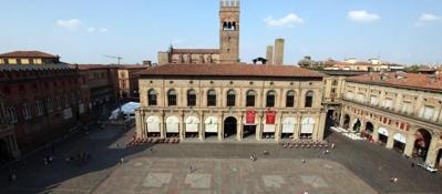 San Petronio aperitivi e cene in terrazza per aiutare il restauro della basilica  Corriere di