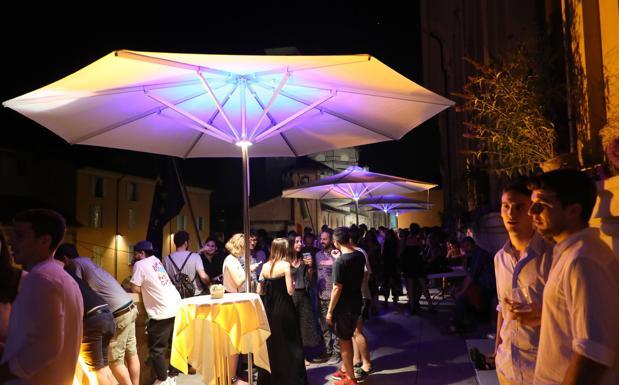 Comunale in terrazza fino a settembre  Foto del giorno  Corriere di Bologna