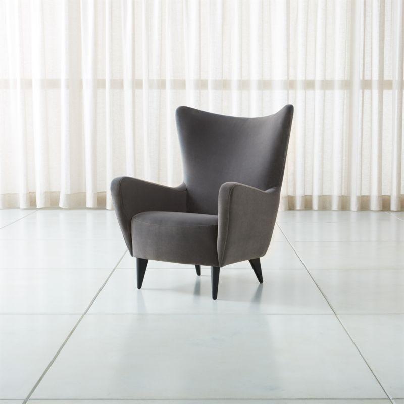 Elsa Chair Sits