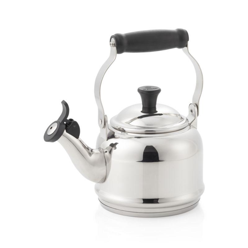 Le Creuset 1 25 Qt Demi Stainless Steel Whistling Tea Kettle In Teapots Amp Teakettles Reviews