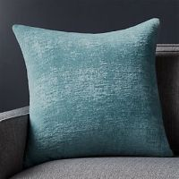Throw Pillows: Decorative and Accent