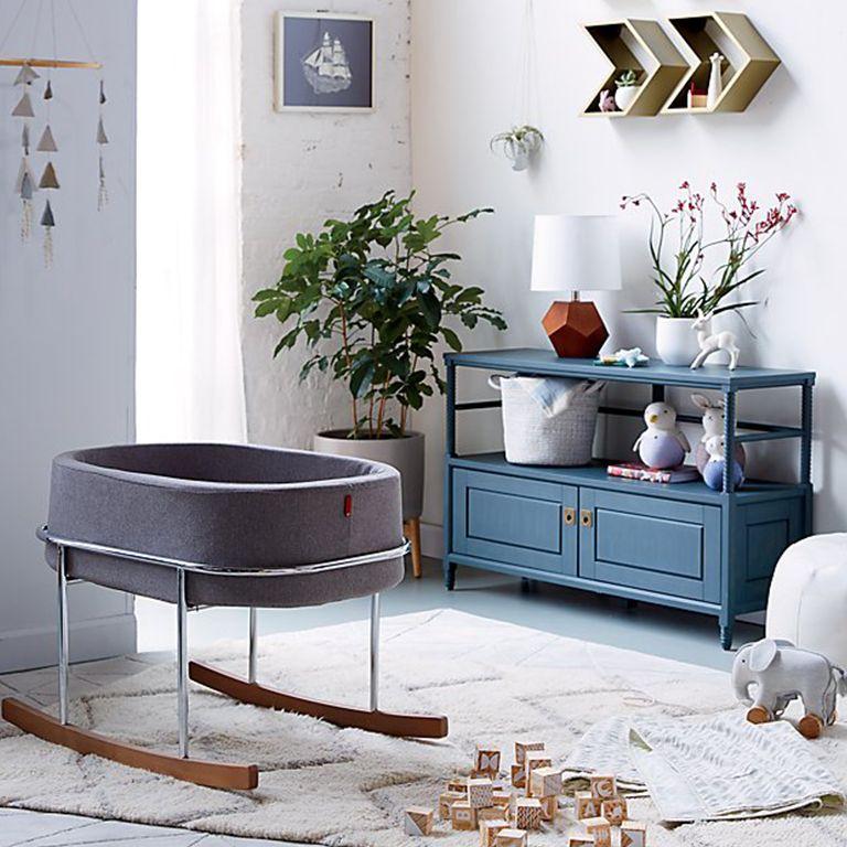 Bedroom Furniture Layout