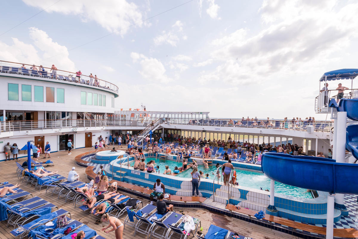 Pool Deck Chairs 7 Ways To Outsmart Deck Chair Hogs Cruise Critic