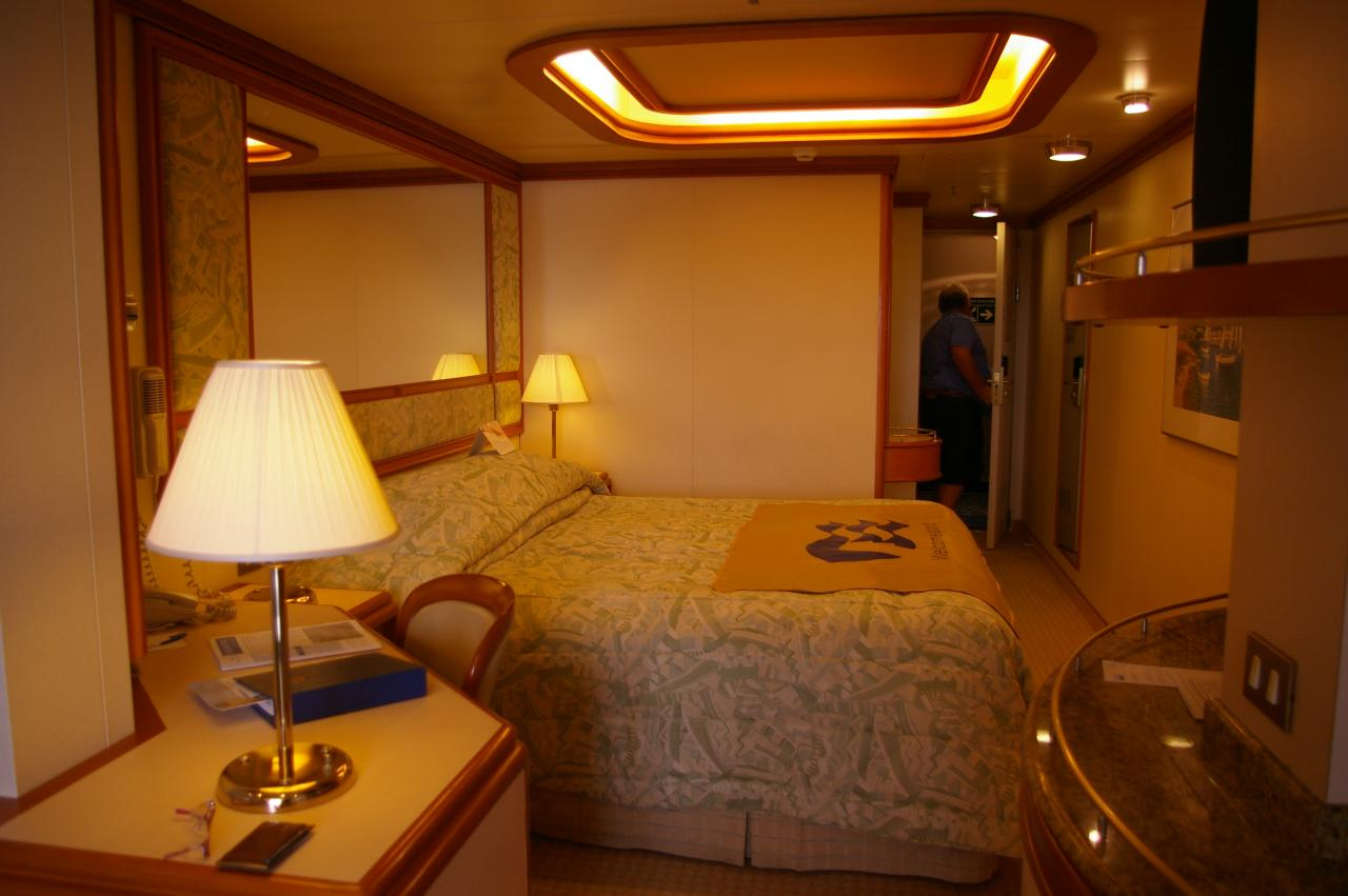 princess cruises sofa bed king living delta diamond cruise review for cabin e711