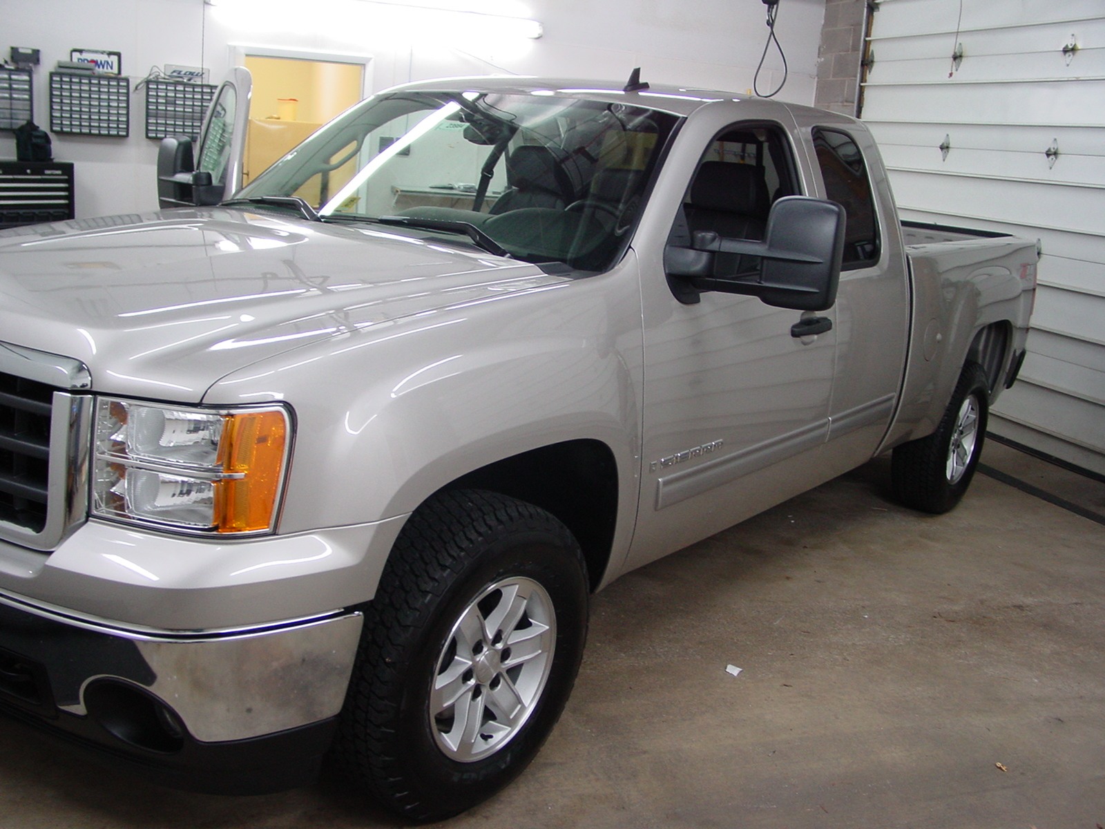hight resolution of how to install new audio gear in your 2007 2013 chevy silverado or gmc sierra extended cab