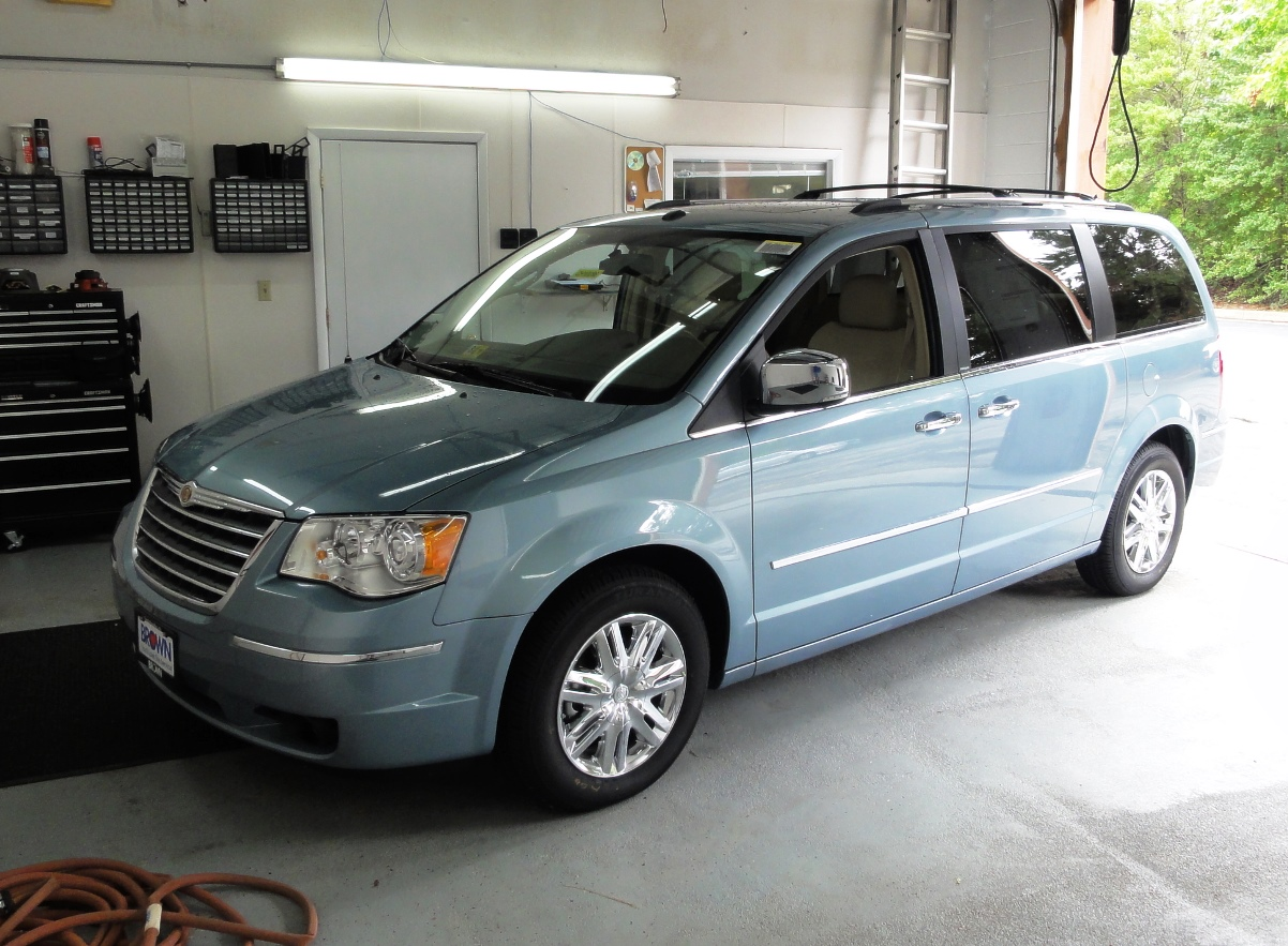 hight resolution of 1998 chrysler town and country interior