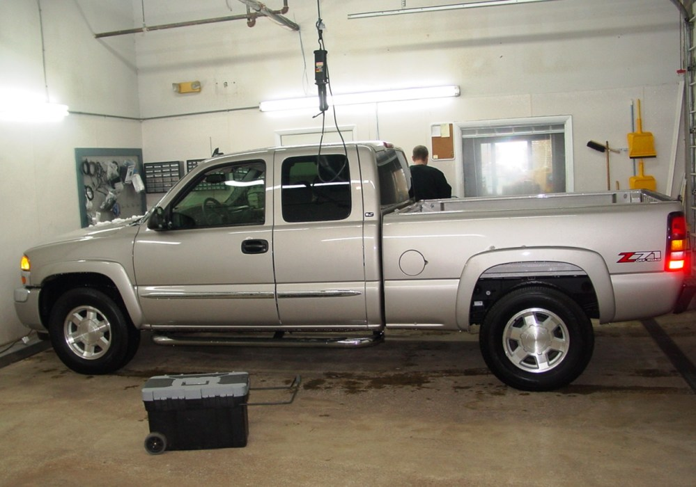 medium resolution of 2003 2007 chevrolet silverado 1500 extended cab car stereo profile profile