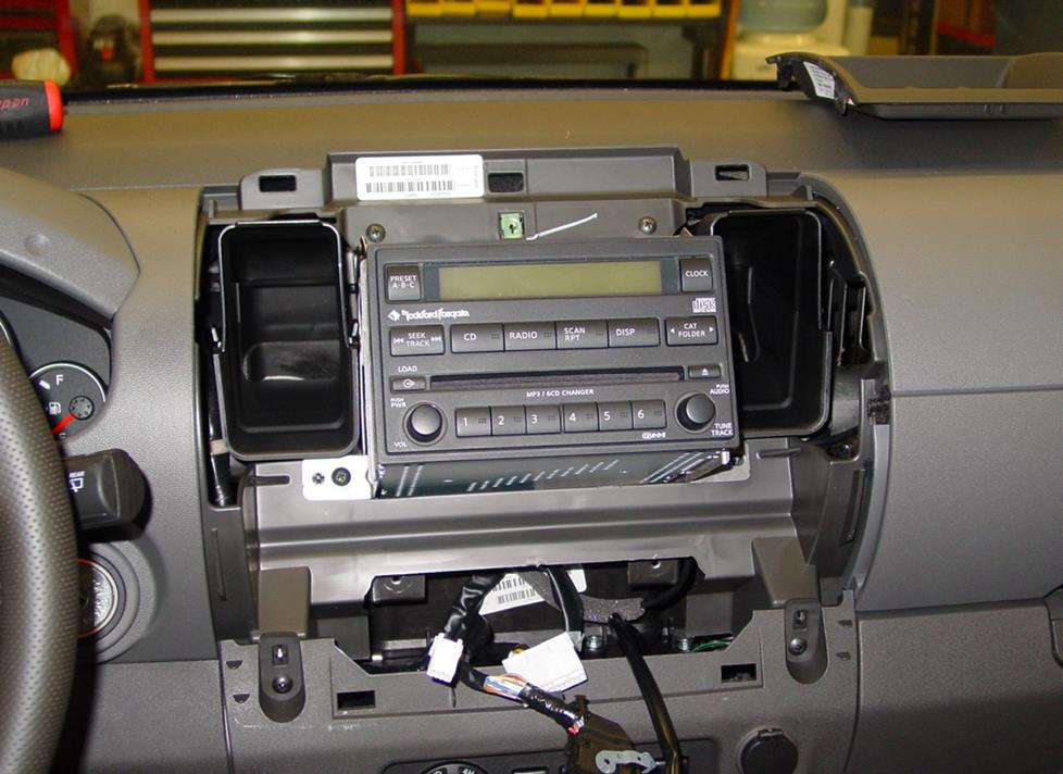 Nissan Stereo Wiring Diagram In Addition 2003 Nissan Xterra Radio