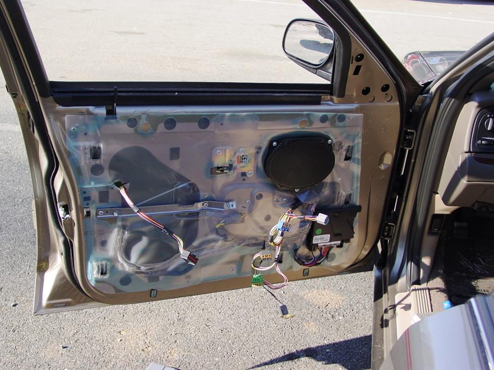 Crown Vic Radio Wiring Diagram 2003 2011 Ford Crown Victoria And Mercury Grand Marquis