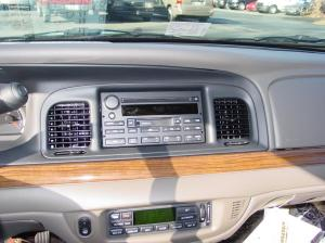 20032011 Ford Crown Victoria and Mercury Grand Marquis Car Audio Profile