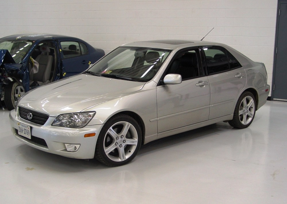 medium resolution of 2001 2005 lexus is 300