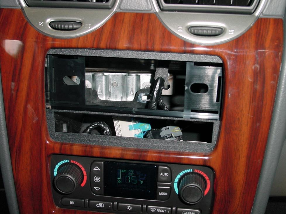 Stereo Removal 2002 Chevy Trailblazer Stereo Wiring Diagram 2002