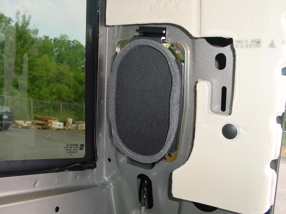 2007 Chevy Silverado Speaker Size