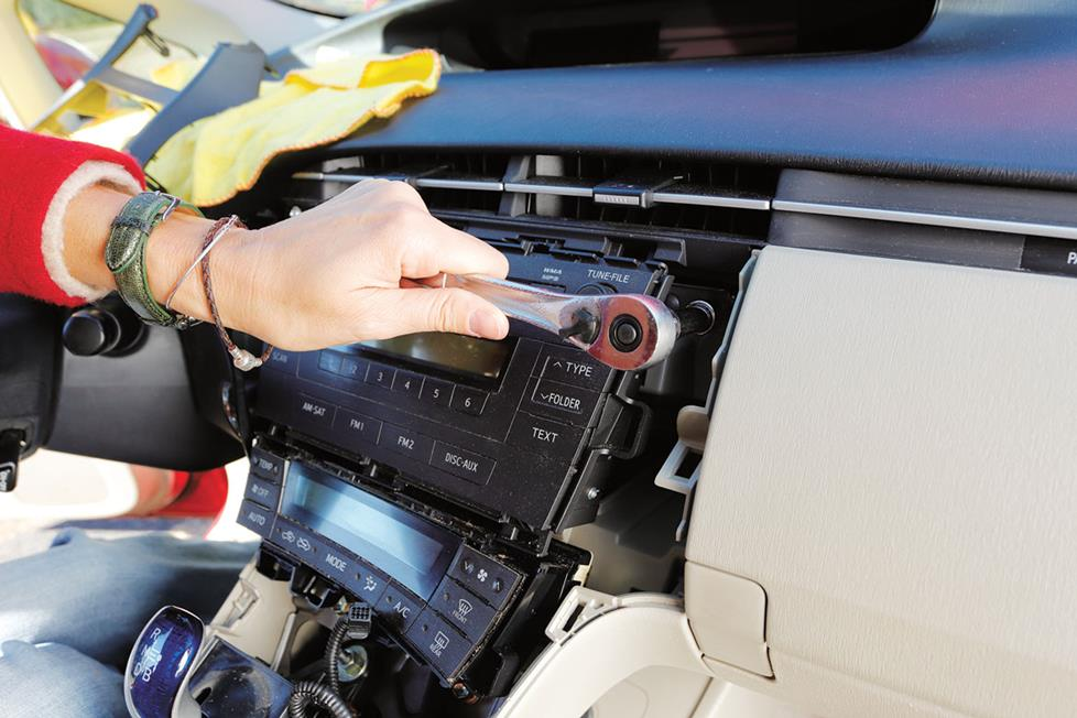 2002 ford escape alternator wiring diagram for front fog lights how to install a car stereo installing in prius dash