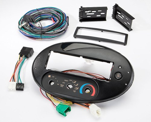 small resolution of scosche fd134030b dash and wiring kit install and connect a new car stereo in select 1996 99 ford taurus and mercury sable models with the factory rotary