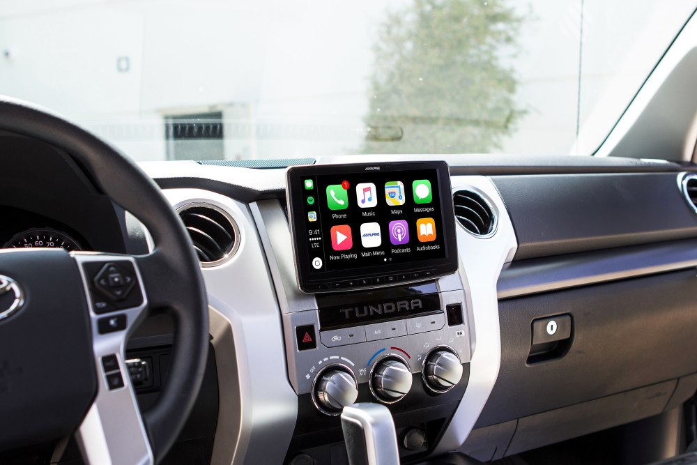 medium resolution of alpine halo9 ilx f309tnd custom fit digital multimedia receiver with 9 touchscreen for 2014 up toyota tundras does not play cds at crutchfield