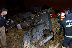 Pakistani Plane Crashes No Sign Of Survivors Csmonitor