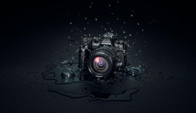 OM-D_E-M1_Mark_III_EZ-M1240_PRO_Splash_BLK_Background__Product_010.jpg