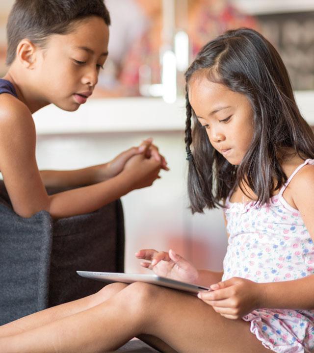 two children tablet