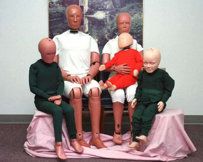 Hybridlll crash test dummy family - Wikimedia Commons
