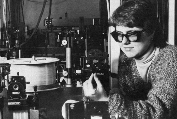 Prof. Strickland in 1985 working on lasers a the University of Rochester.                            Picture credit: Official Nobel Prize Page