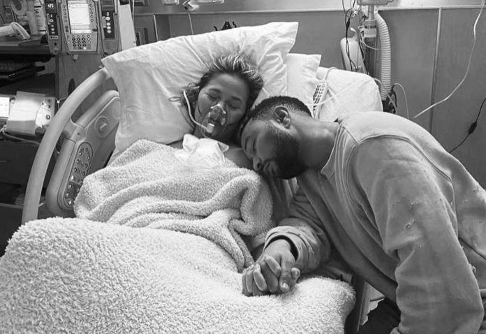 Chrissy Teigen & John Legend Lose Baby After Tragic Pregnancy Complications  | CafeMom.com
