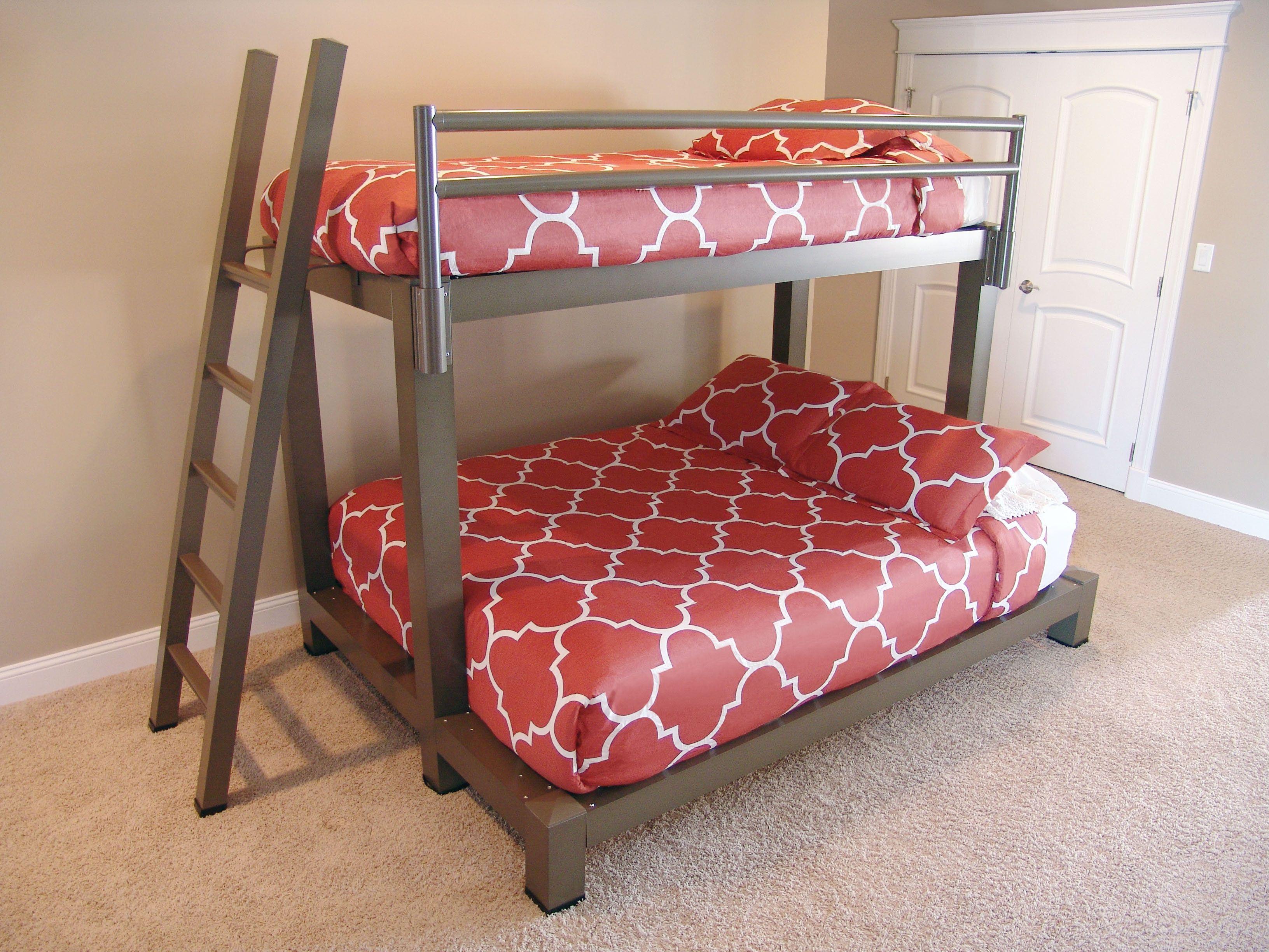 7 cool adult bunk bed ideas for a small