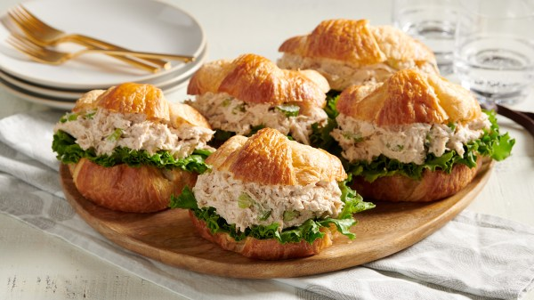 20 Tray Of Mini Chicken Salad Croissants Pictures And Ideas On