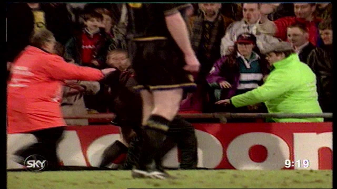 As cantona walked to the tunnel, a fan climbed down eleven rows from their seat and allegedly shouted racial abuse towards him, prompting. Through Their Eyes Eric Cantona S Kung Fu Kick 25 Years On Itv News