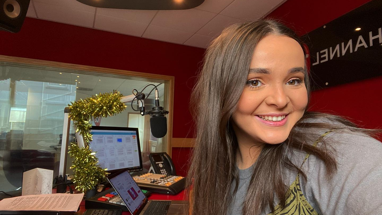 Jersey radio presenter Darcy Kelly lands second Radio 1 ...