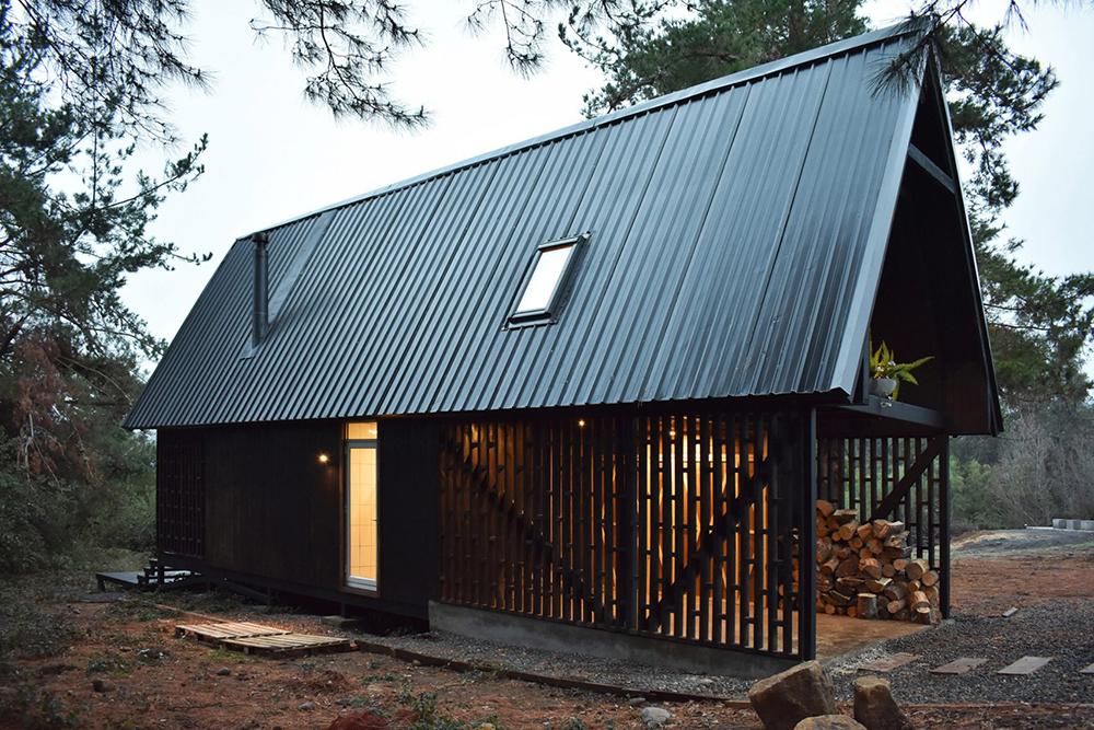 best black cabins of