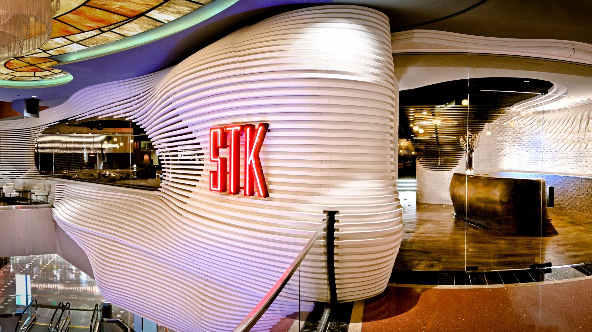 Las Vegas Luxury Hotel Stk Cosmopolitan