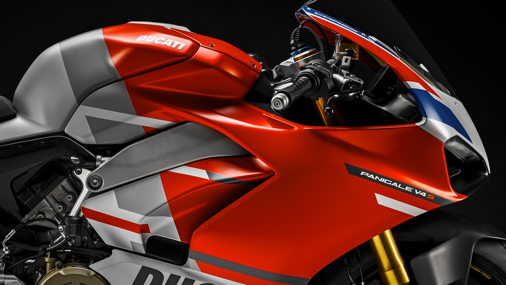 hight resolution of new panigale v4 s corse