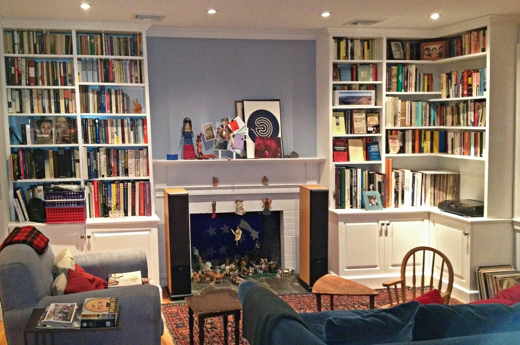 Hand Made Painted Living Room Cabinets And Bookshelves by