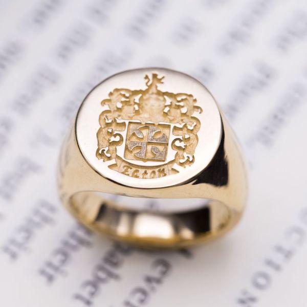 Custom Signet Rings Family Crest Rings  Coat of Arms