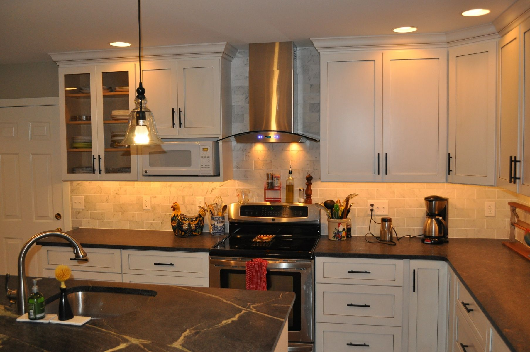 Hand Made Modern Shaker Style Kitchen by London Grove