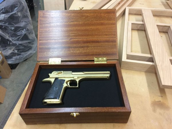 Hand Pistol Gun Display Case Wood And Glass -sapele
