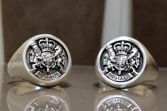 Custom Royal Crest Ring by 3dheraldry  CustomMadecom