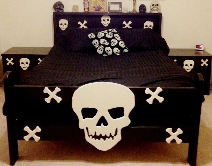 Hand Crafted Twin Size Skull Bed And Matching Night Stands