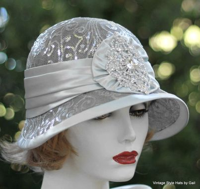 Buy a Custom 1920S Vintage Style Cloche Wedding Hat For Mother Of The Bride Great Gatsby Party