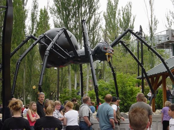 Custom Metal Sculpture  The Spider At Lagoon Theme Park
