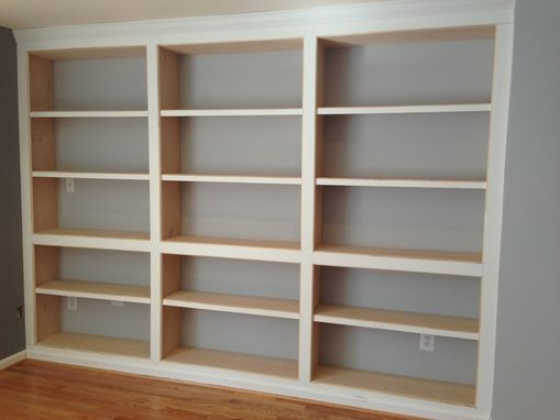 Hand Crafted BuiltIn Bookshelves With Adjustable Shelves